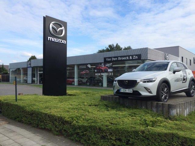 Mazda Van Den Broeck